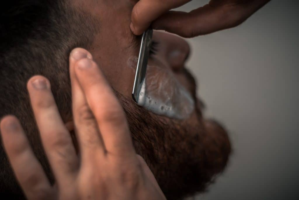 7 Steps On How To Trim Your Beard Like An Expert