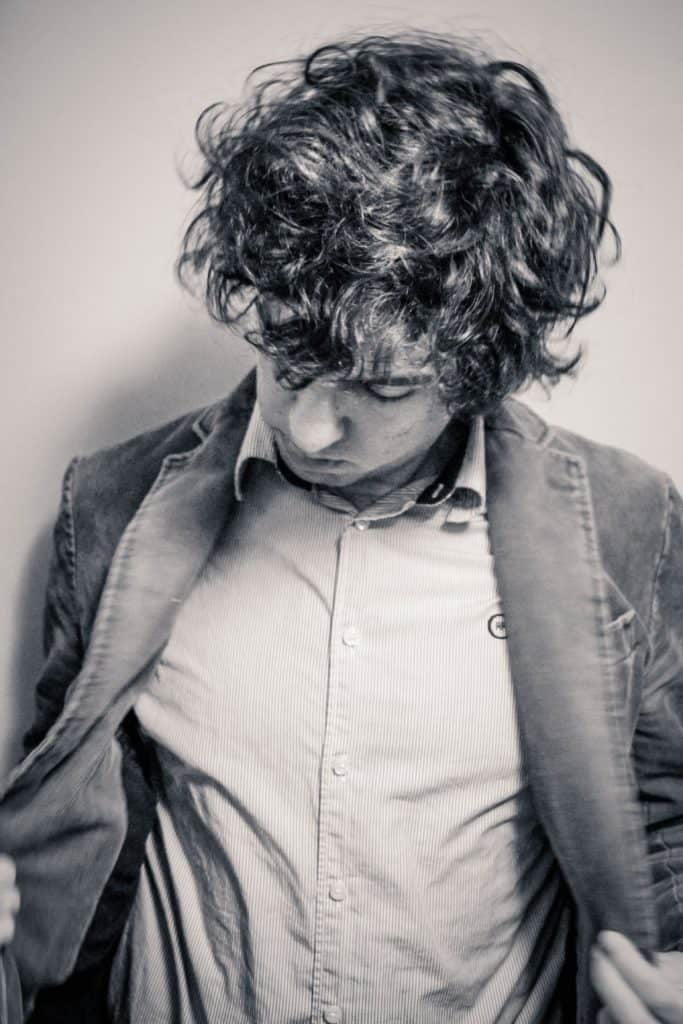 Hair Cut Men: Perfect Styles for Curly Hair